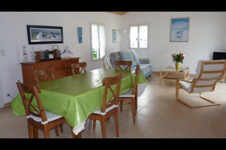 Maison au pied de la fôret de Barbâtre sur l'Ile de Noirmoutier