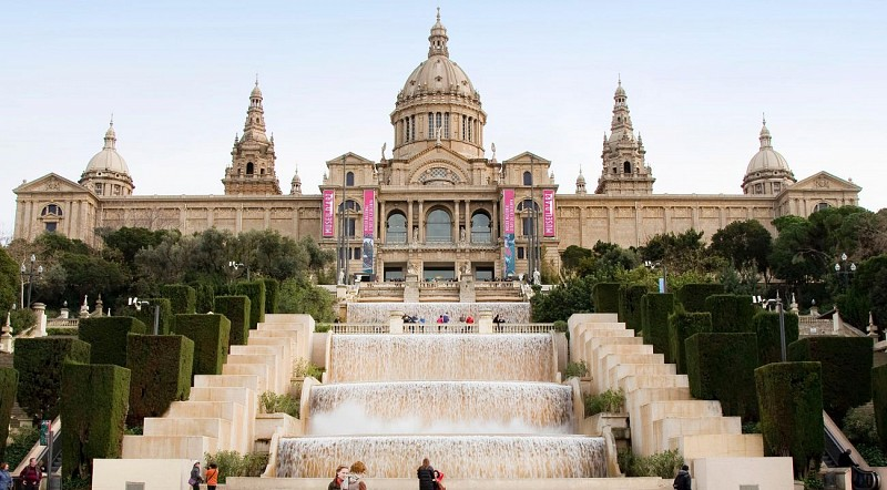 Ticket to the National Museum of Catalan Art – Optional audio guide and cava tasting