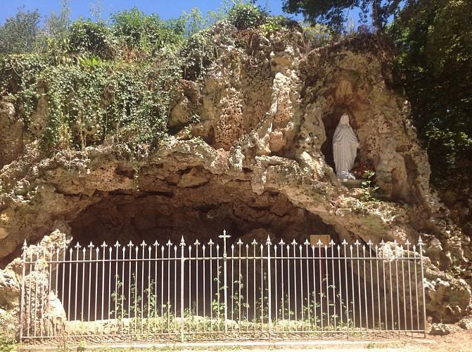 Grotte de Lourdes.