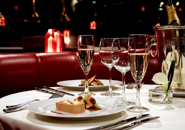 Lido Cabaret Show & Dinner – With champagne