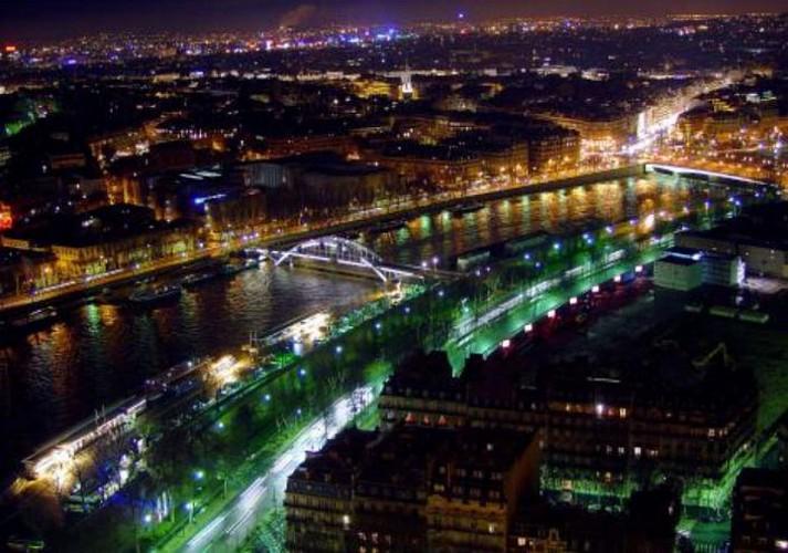 Dîner au 1er étage de la tour Eiffel et croisière sur la Seine
