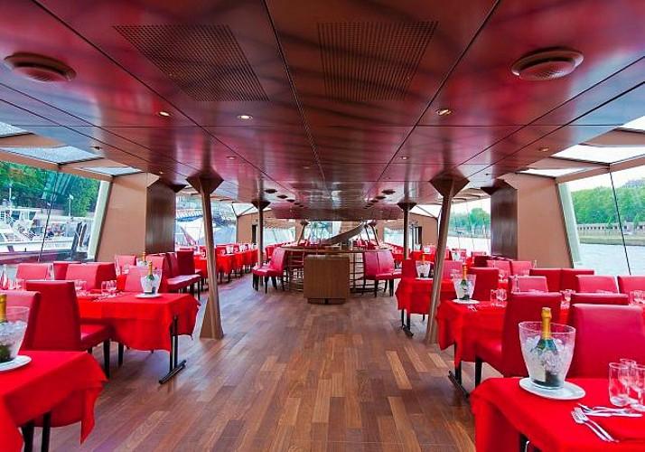 Dinner Cruise in Paris – Bateaux Mouches – 6pm