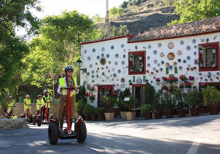 Guided Segway Tour of the Alhambra, Albaicin and Sacromonte in Granada