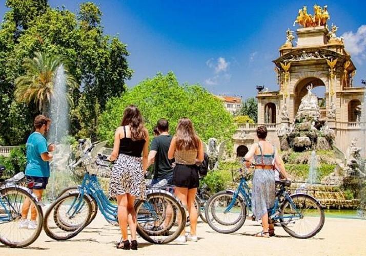 Visite guidée à vélo en français et dégustation de Tapas à Barcelone