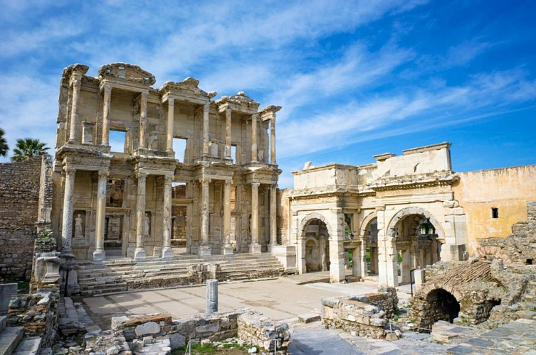 Une semaine en Turquie : Istanbul, Ephèse, Pamukkale, Antalya -  hôtel 4 étoiles et transport en avion