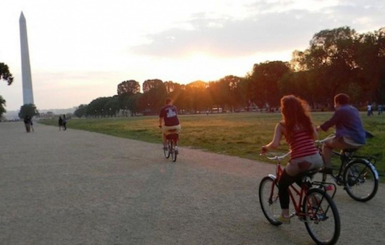 Evening Bike Tour of Washington, DC