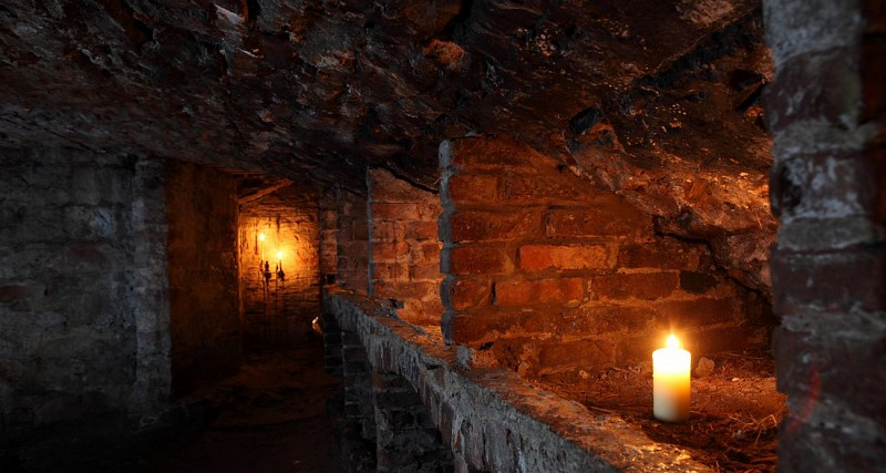 Guided walking tour of Edinburgh's underground vaults
