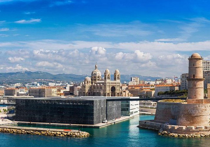 Cruise the Rocky Coves and Tour Marseilles and Aix-en-Provence