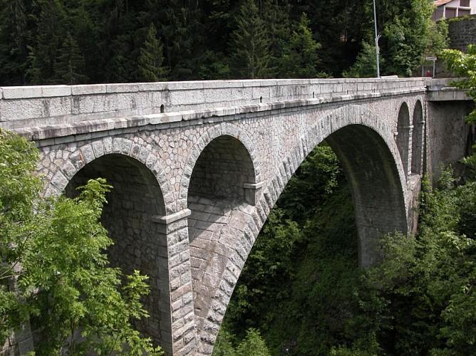 Abymes bridge