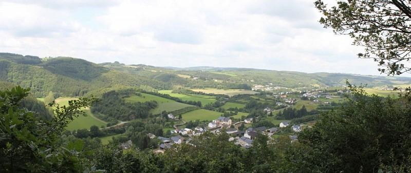 Point de Vue sur Lellingen et le Kiischpelt