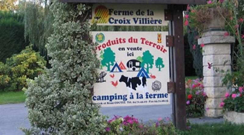 """Camping de la """"CROIX VILLIÉRE"""" - COUTEL Annick"""