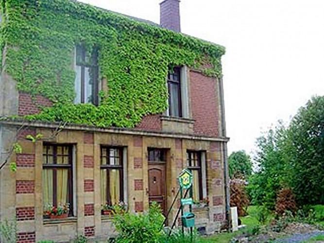 Chambre d'hôte chez Mme Pernelet à Rocroi