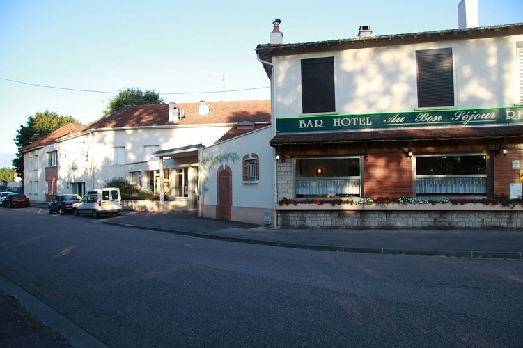 Hôtel-Restaurant Au Bon Séjour - Vitry-le-François
