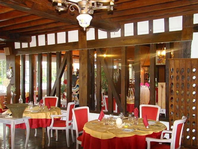 Traiteur & Restaurant & Hôtel Le Champenois - Thiéblemont-Farémont