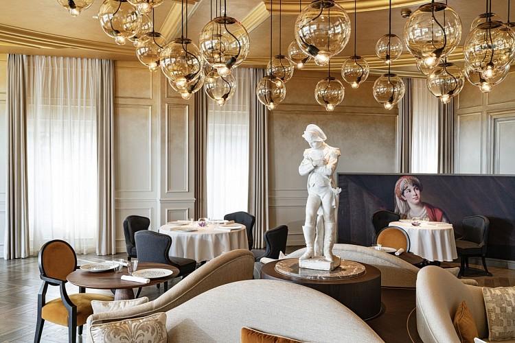Le-Royal--Restaurant-view-2-