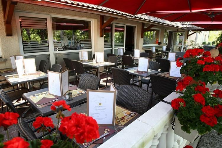 """Hôtel-Restaurant """"Prim'Hôtel Bagatelle"""""""