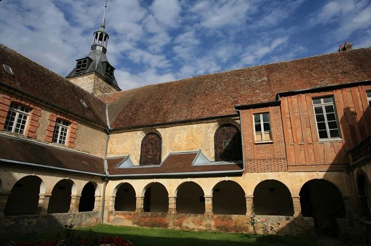 Cloitre et Chapelle de l'Hôpital - Sézanne