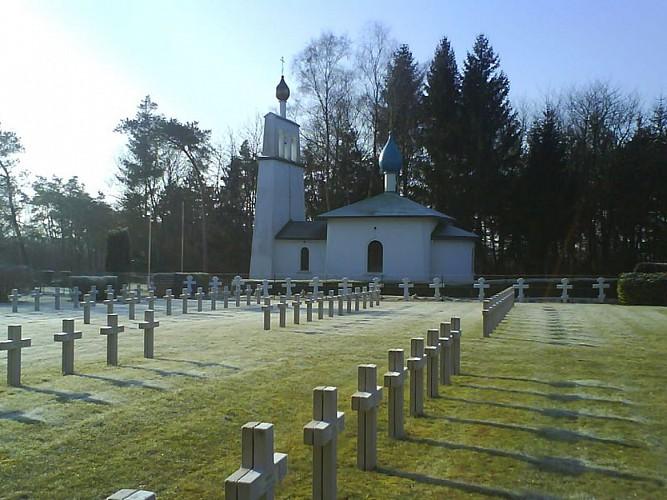 Chapelle orthodoxe et cimetière russe