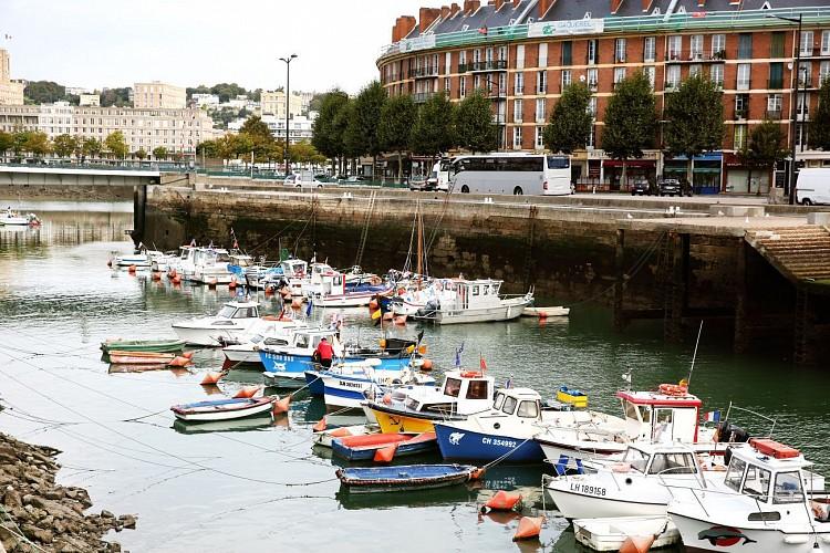 Table de lecture impressionniste n° 4 - Avant-port du Havre