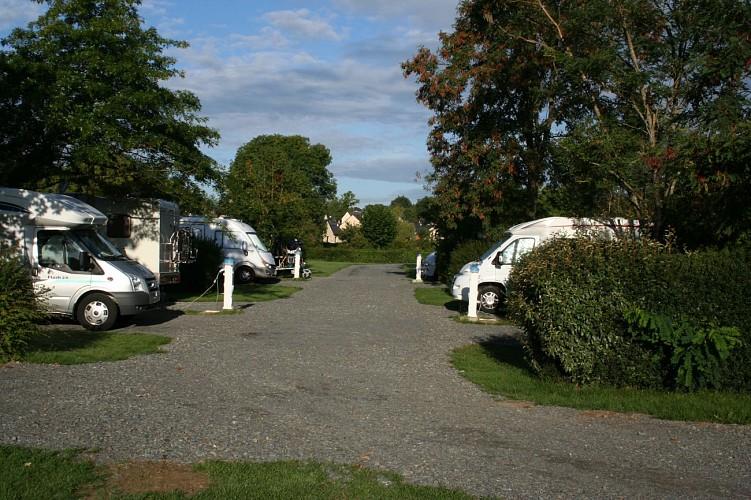 AIRE DE CAMPING-CARS DE ST JEAN-SUR-MAYENNE