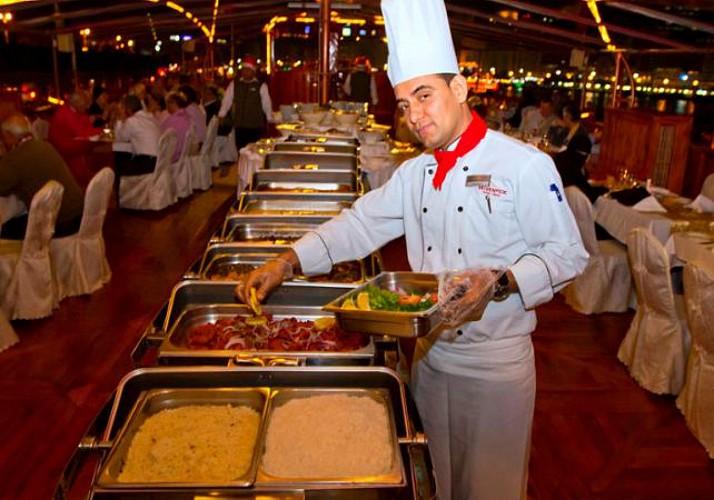 Rustar Dhow Dinner Cruise – Dubai's biggest floating restaurant