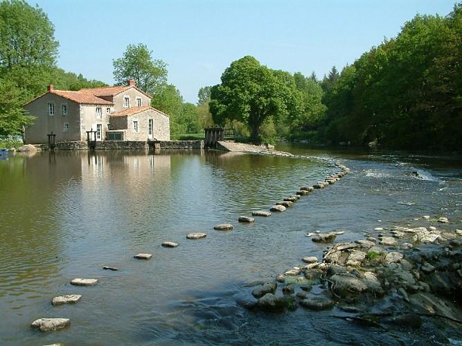 Le moulin de Poupet