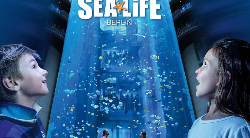 Visit Berlin Aquarium and Aquadom