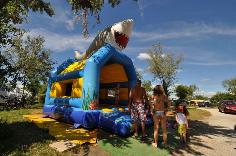 Camping Airotel Les Roquilles ****