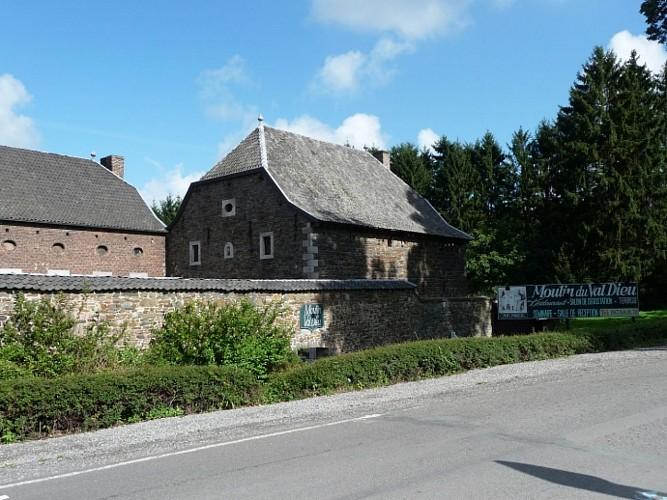 Abbaye du Val Dieu, Brasserie du Val Dieu, Moulin du Val Dieu