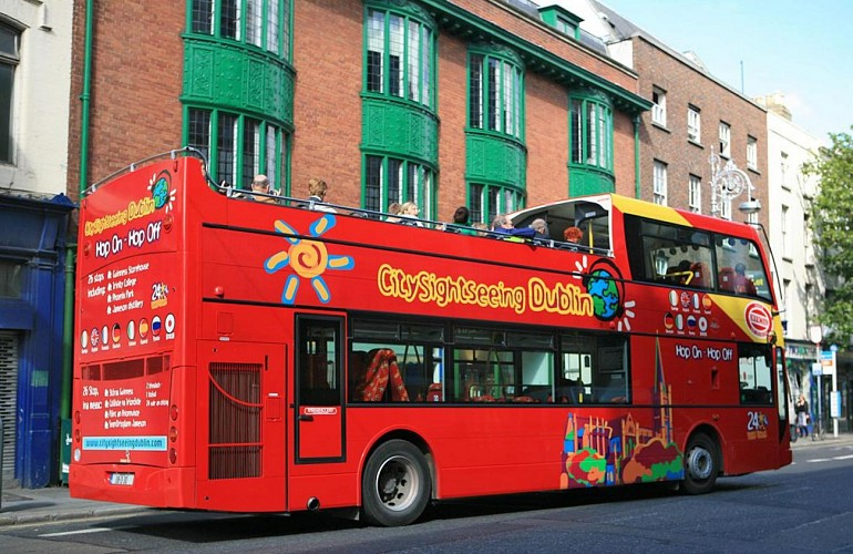 Guided Bus Tour of Dublin – Hop-on, hop-off