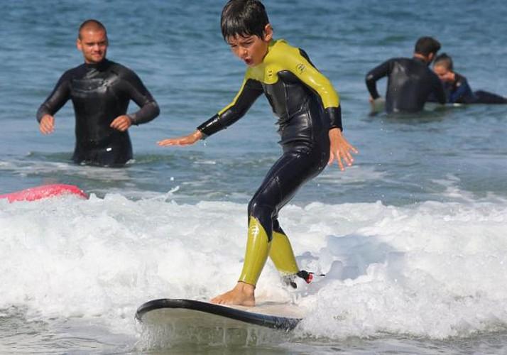 Visite guidée à vélo et session de surf à Porto - Tour privé