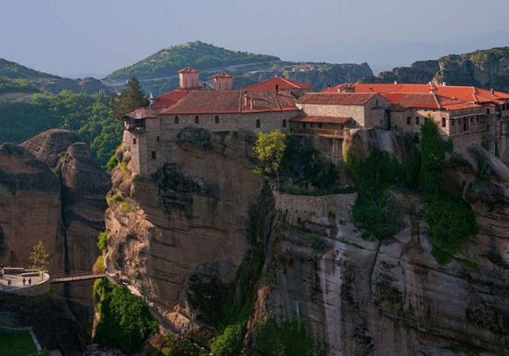 Full-Day Excursion to Meteora by Train – Departing from Athens