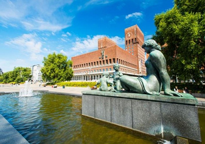 Hop-on, Hop-off Bus Tour of Oslo – 24-hour pass