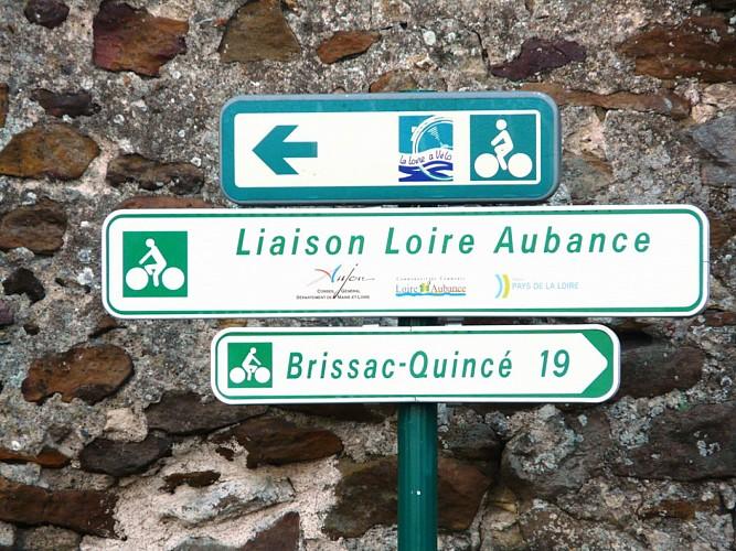 AIRE D'ARRÊT VÉLO DE BRISSAC-QUINCÉ