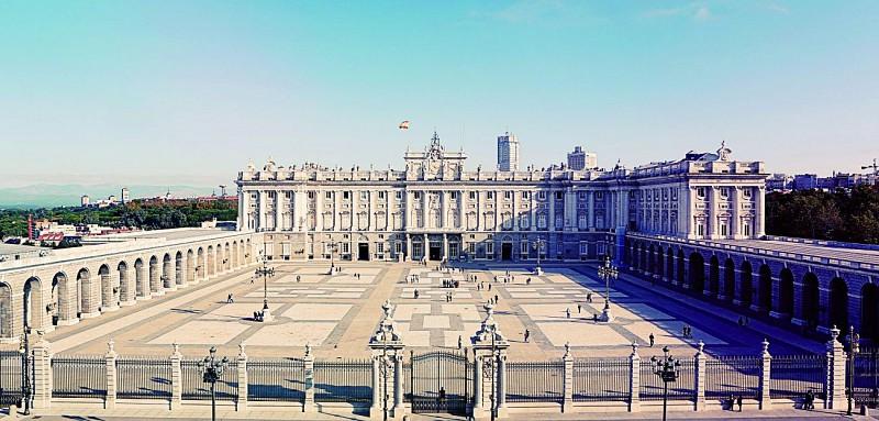 Visita guidata del Palazzo Reale di Madrid - Biglietto salta-fila