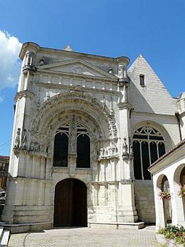 Eglise St Pierre du Marché