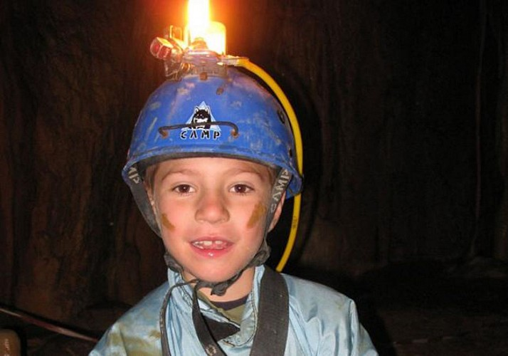 Caving in the Vallée du Loup - 50 mins from Nice, Cannes, and Antibes