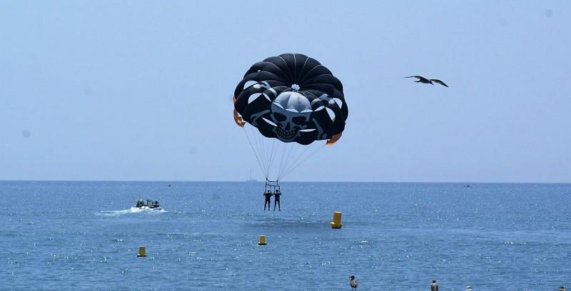 Vol en parachute ascensionnel à 2 - à 20min de Nice