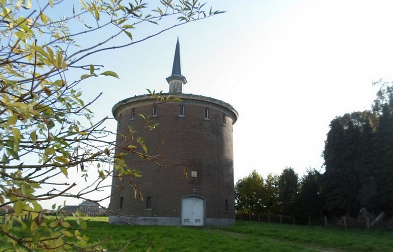 Château d'eau de Lathuy