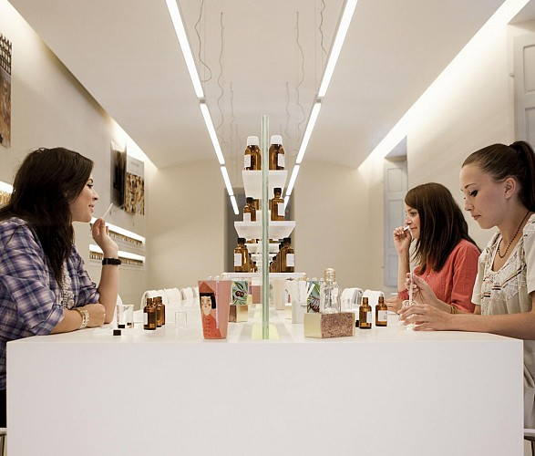 Atelier création de parfum - Usine historique Fragonard  à Grasse