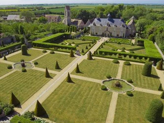Château de Brécy et son jardin remarquable