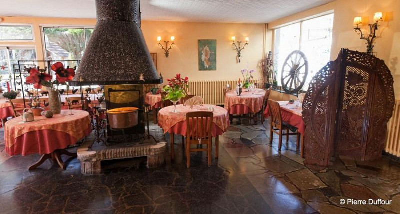 Salle restaurant paravent
