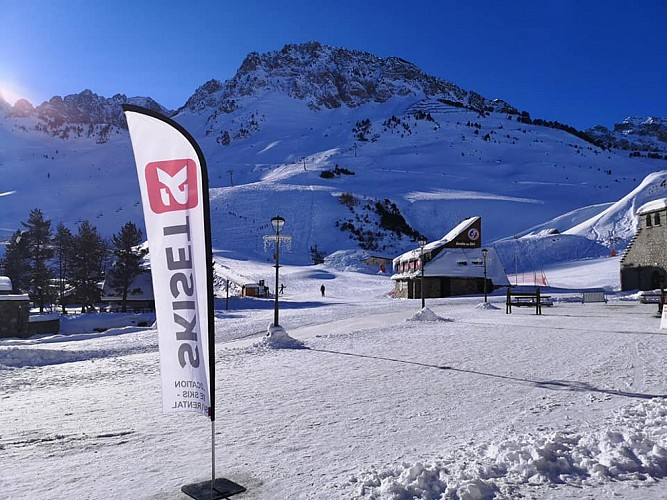 Ski-set-Mongie-Village