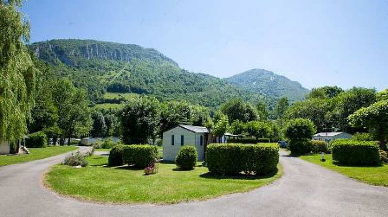 camping-location-pyrenees 1 W