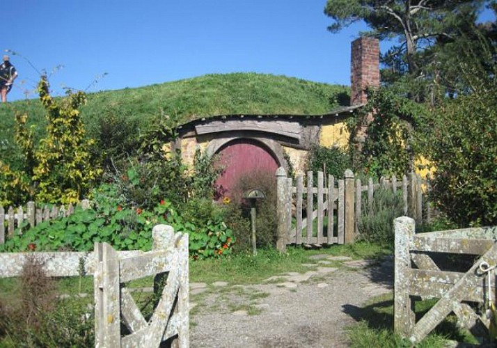 Tickets for Hobbiton – The visit of the Legendary Lord of the Rings Village in New Zealand