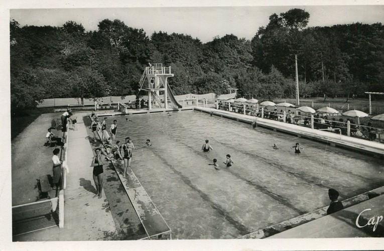Ancienne piscine extérieure de Mamers
