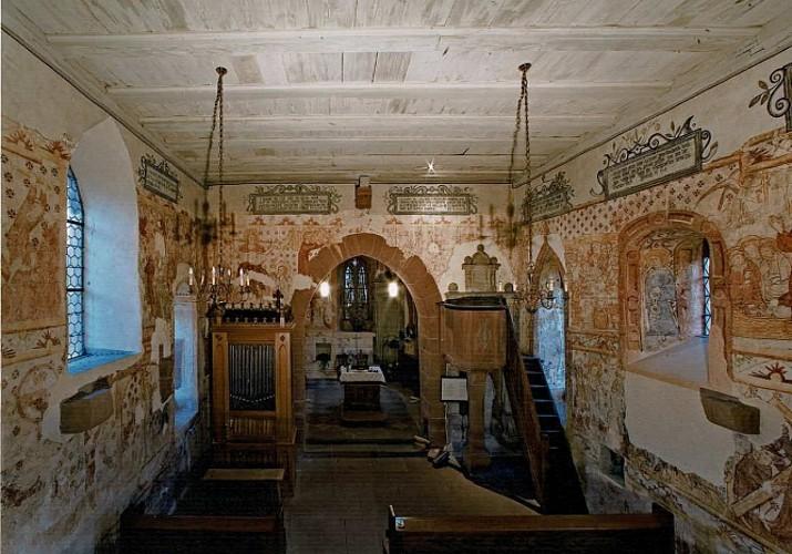 Eglise protestante et ses fresques