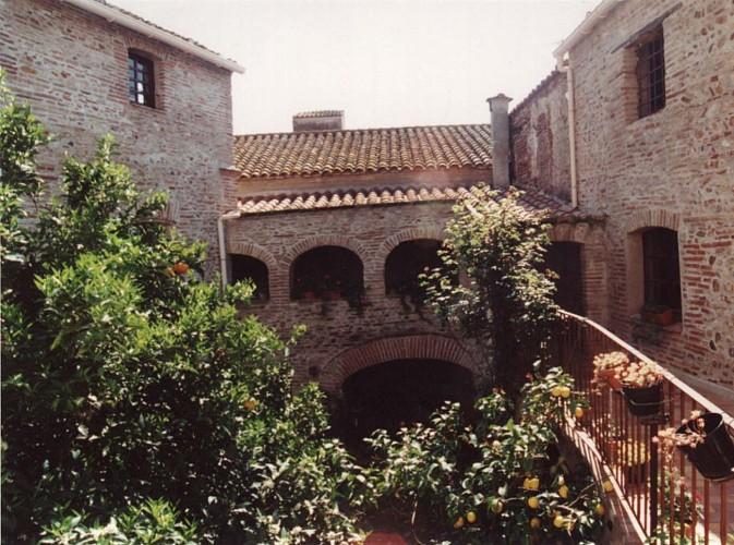 Le prieuré DE LLOBET