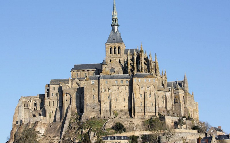 Visit Mont Saint-Michel and its Abbey – Departing from Paris
