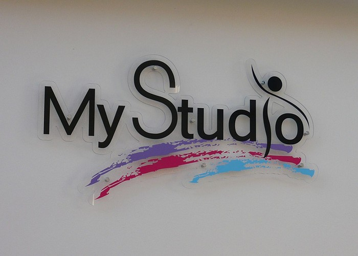 """SALLE DE DANSE """"MY STUDIO"""""""